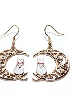 fehér cicás fülbevaló, macskás ajándék