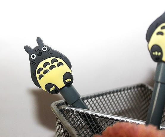 szürke cicás toll, macsás ajándék